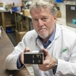 Морской офицер изобрел аккумулятор для электромобилей с пробегом 2400 км