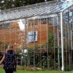 Философия жизни, или для чего нужен семье шведов дом-теплица