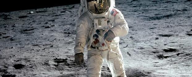 луна астронавт 2