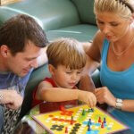 Личный опыт, вместо игрушек, лучше развивает интеллект и делает жизнь ребенка счастливее