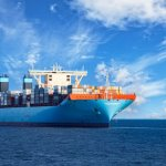 Выбросы от судоходства могут охлаждать планету, изменяя облака