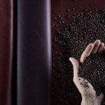 Новая растительная кожа, полученная из отходов винограда при производства вина,  революцианизирует мир моды